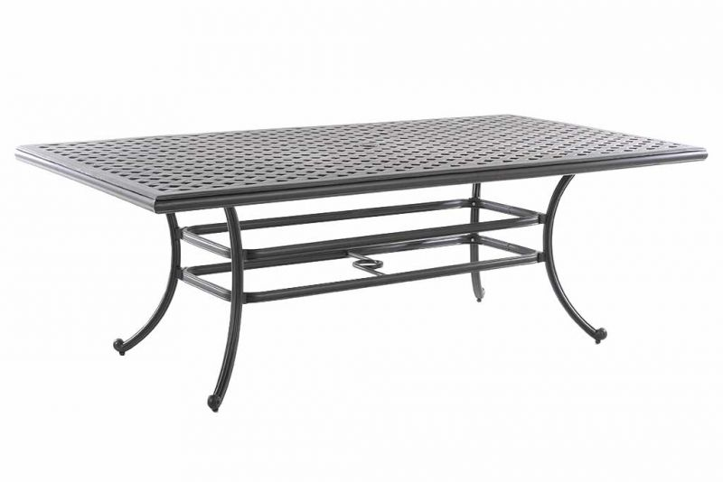 How to Protect Aluminum Outdoor Furniture?